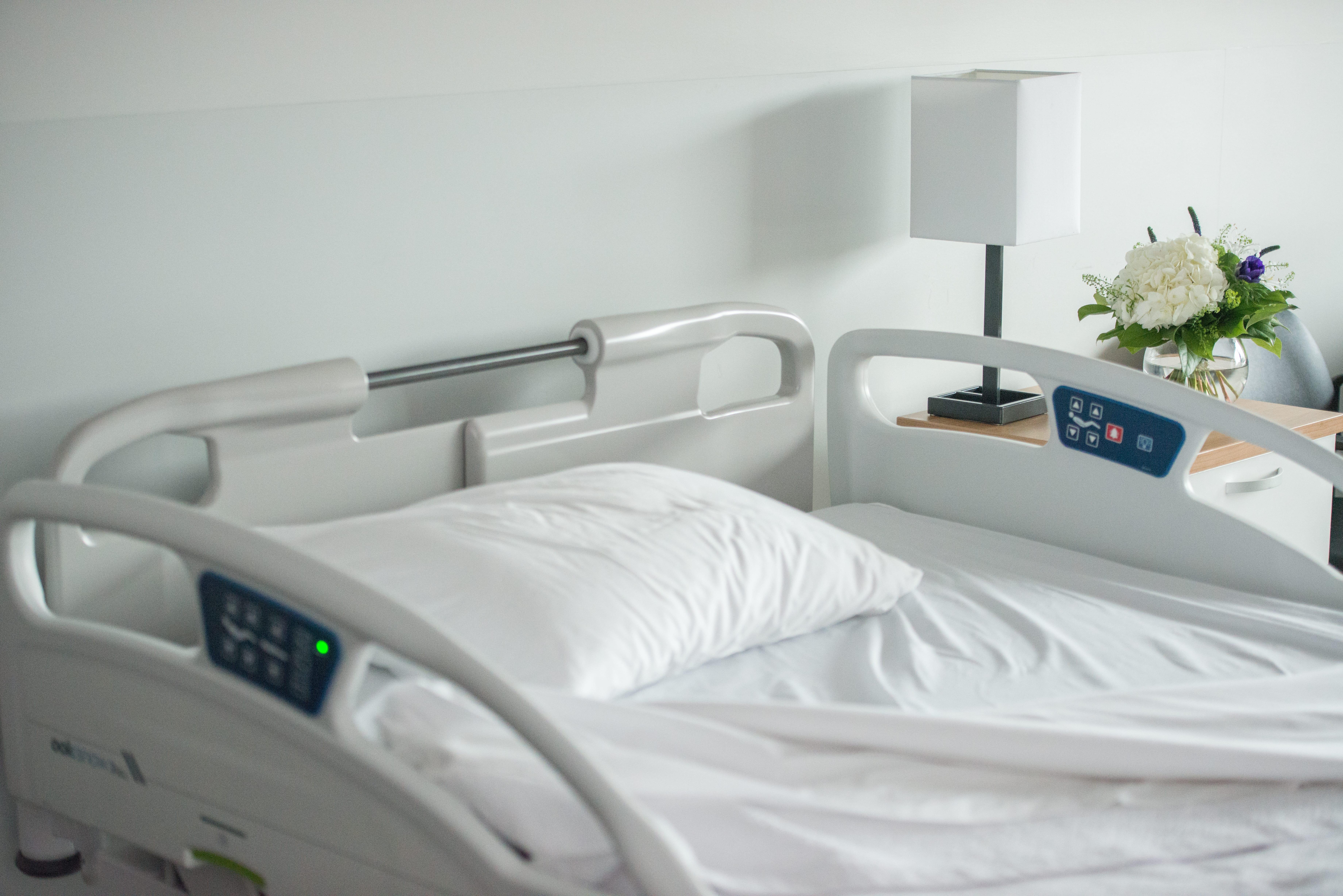Côtés de lit & panneaux, Umano Medical